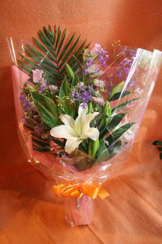 スタンド花 花束 花ギフト 花を贈る フラワーギフト 誕生日花いさん 花束