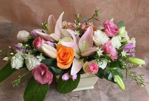 スタンド花 花束 花ギフト 花を贈る フラワーギフト 誕生日花横長